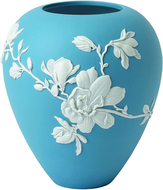 """Wedgwood Magnolia Blossom Vase 7"""", 7"""", Blue and White"""